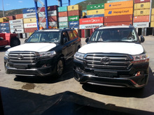 Toyota Land Cruiser 200 4.5L Diesel VX Superior MODEL 2017