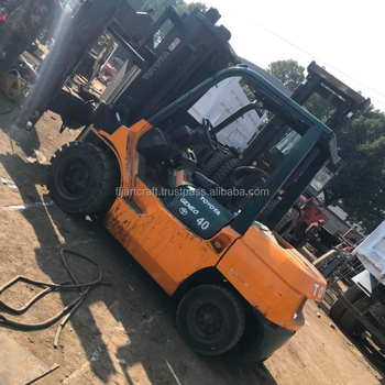 Japanese Toyota fd40 4 tons 3 mast diesel forklift truck with 6000mm lifting height