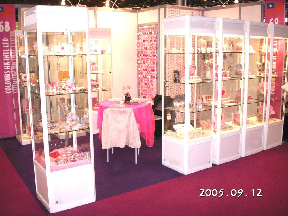 COLOURS -2005 9 FRENCH SHOW.jpg