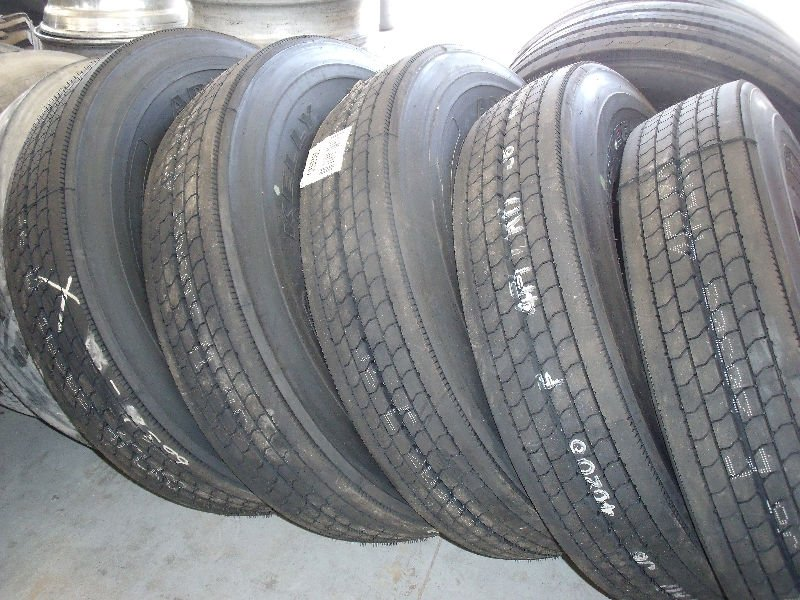 Good Conditioned Used Car Tyre's For Sale