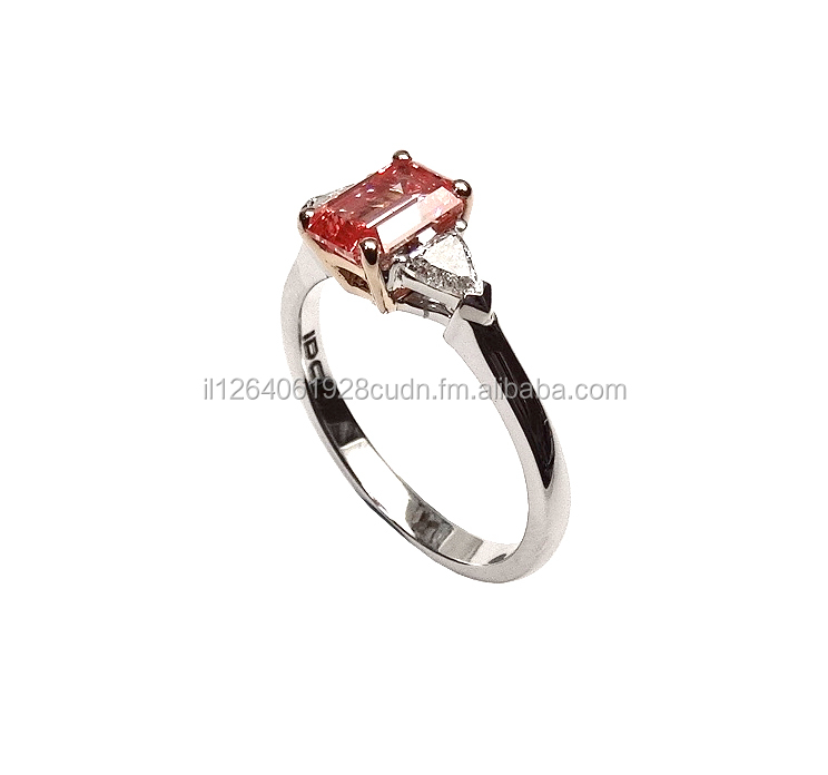 Fancy Vivid Orangy Pink Emerlad Diamond Ring in Rose&White Gold with Round Diamonds GIA 1.34ct HPHT