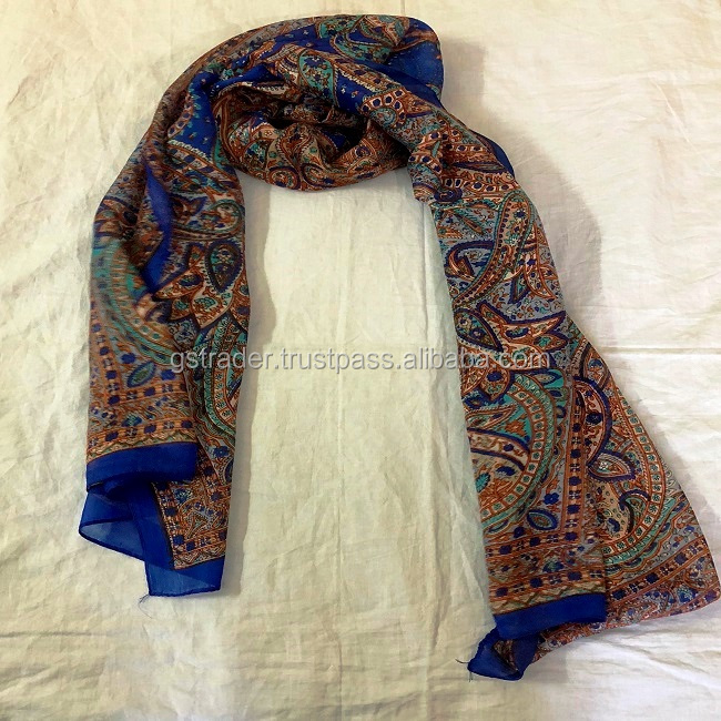 2018 new printing scarf in silk scarf for women stylish prints