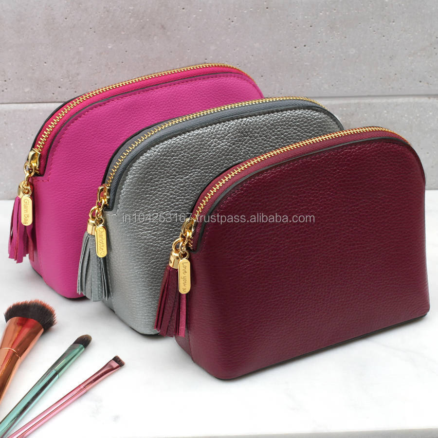 pink women travelling cosmetic bag
