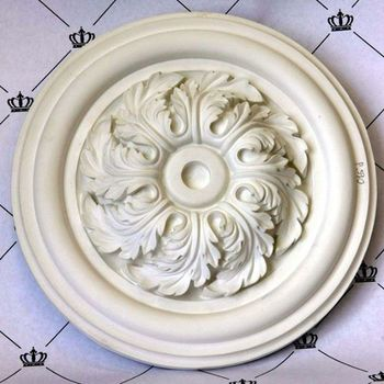 Round shaped decorative ceiling medallion