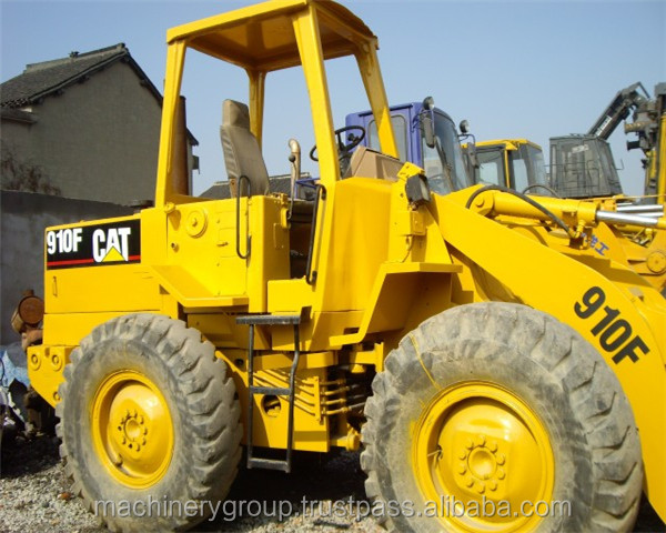 old loading machine 910F caterpillar wheel loader in good condition