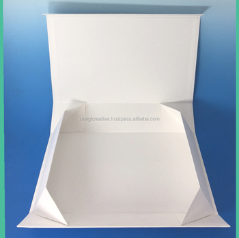 Custom Collapsible rigid set up box with magnet closure