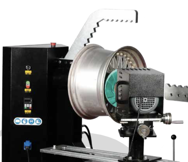 RS28 10''-28'' NITROMAC Rim straightening machine with polishing system and lathe tool