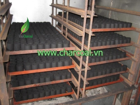 Wonderful coconut shell charcoal for BBQ in Vietnam