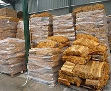 Oak firewood Available at moderate prices