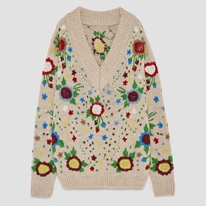 2018 This is V-neck New Floral Embroidered Pullover Sweater