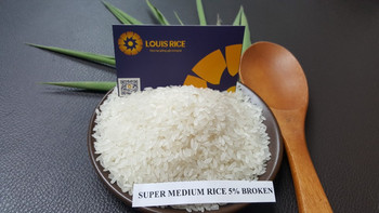 High quality super medium grain rice 5% broken