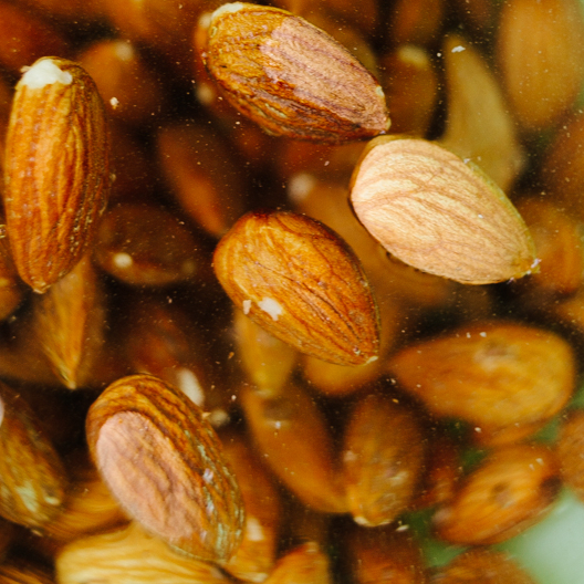 Grade A 100% Almond Nuts /Sweet Almond Nuts for sale