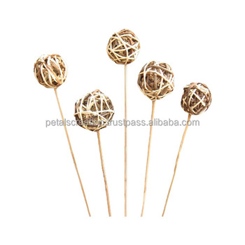 New design natural decorative lata mix ball with stick