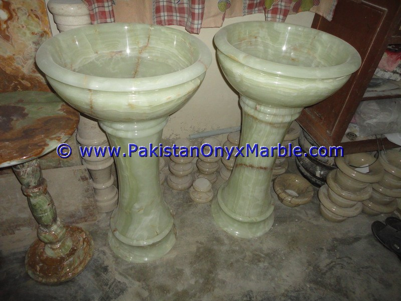 HOME HOTEL DESIGN ONYX PEDESTALS SINKS BASINS GREEN ONYX