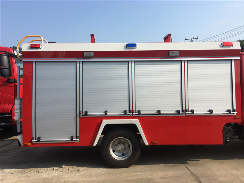 forest fire trucks7.JPG