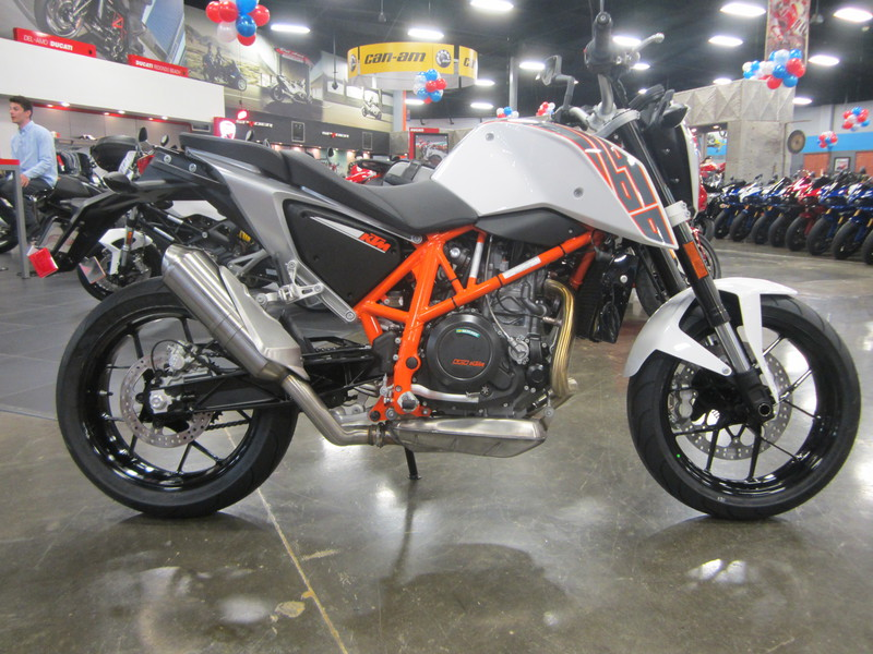 2016 KTM 690 DUKE THE ESSENCE OF MOTORCYCLING