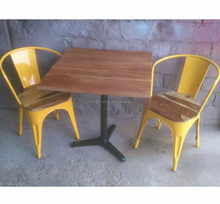 Industrial Metal Solid Wood Furniture Metal Dining Set 4- Seater Cast Single Leg Metal Table And Chair