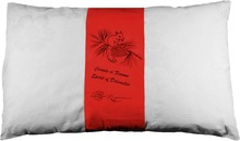 Confortable and Soft - Natural Pillow (Red)