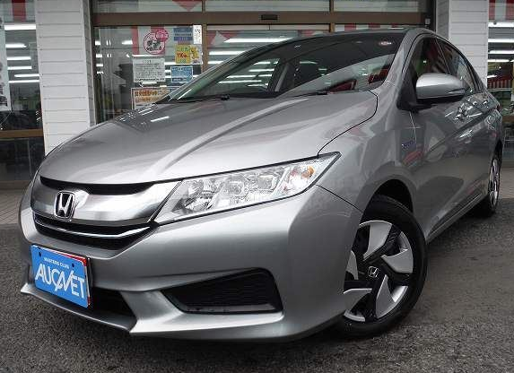 Right Hand Drive Second Hand Hybrid 2015 Honda Grace LX from Japan