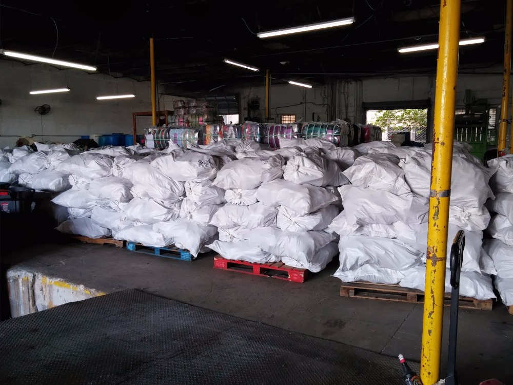BULK USED CLOTHES SECONDHAND CLOTHES WHOLESALE FROM AUSTRALIA