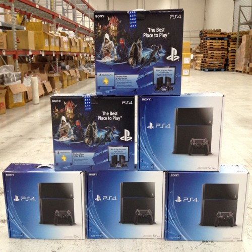 PLAYSTATION 4 PRO 1TB PS4 WITH COMPLETE ACCESSORIES