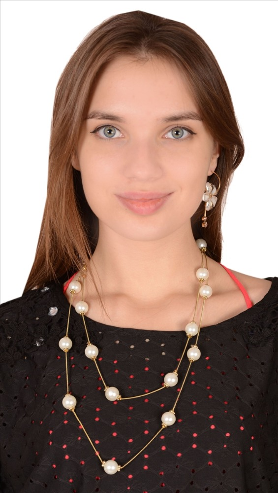Zephyrr Fashion Long Necklace Casual Wear Handmade Pearl Beads