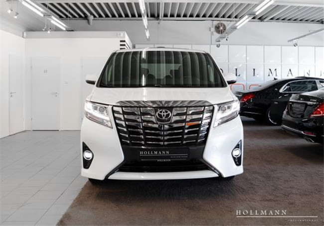 070 White pearl Metallic Alphard Luxe Exective Lounge, Toyota Double Cabin Pickup