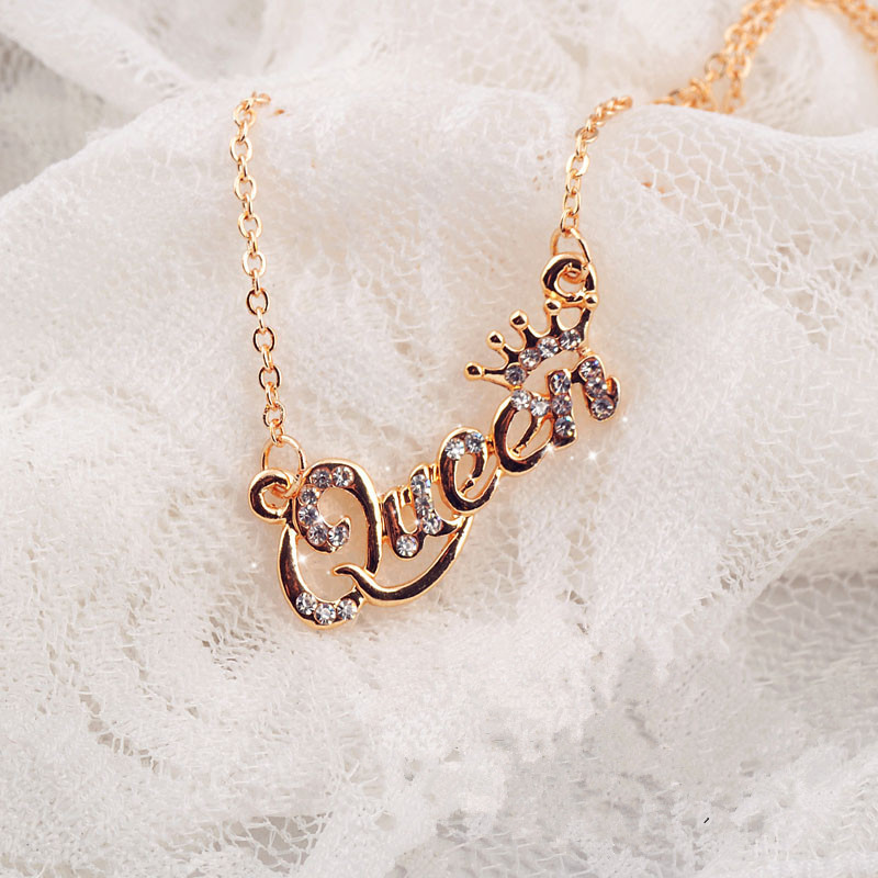 Gold Color Pendant Necklace Elegant for Women With Queen Letter CZ Jewelry Power Necklace Wedding Jewelry