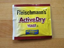 Bakery yeast/Active dry instant yeast