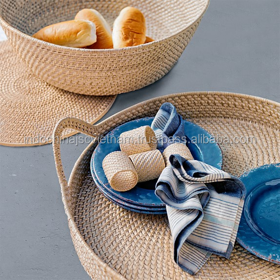 Handicraft napkin ring made of natural rattan in Vietnam