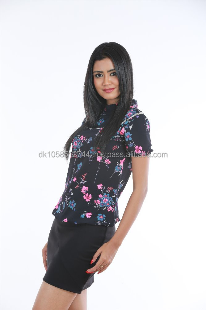 Beautiful Ladies Fashion Blouse with Flower design