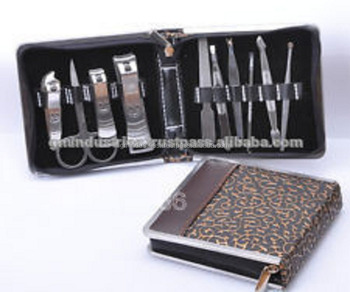 Manicure Pedicure Kit / Manicure Instruments set / Beauty care tools Case 17037