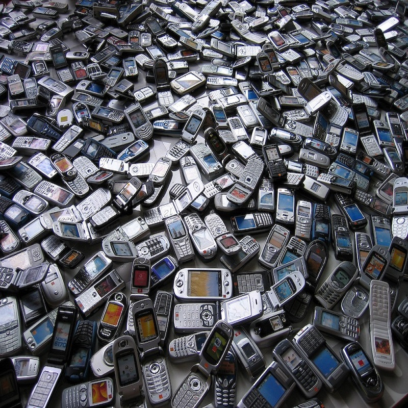 Old Mobile phone scrap/Cell phone scrap