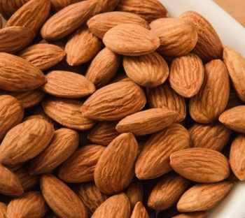 Best selling Californian Almonds Nuts