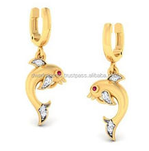 Latest model fish shaped gold earring white diamond stud earring