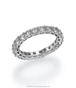 18K Gold All Around Eternity Ring set with 20 White Diamonds of 2 Carat, set in Prong setting technique.