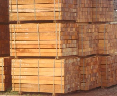 Buy Iroko Wood Logs/ Sawn Timber At the Most Competitive Price