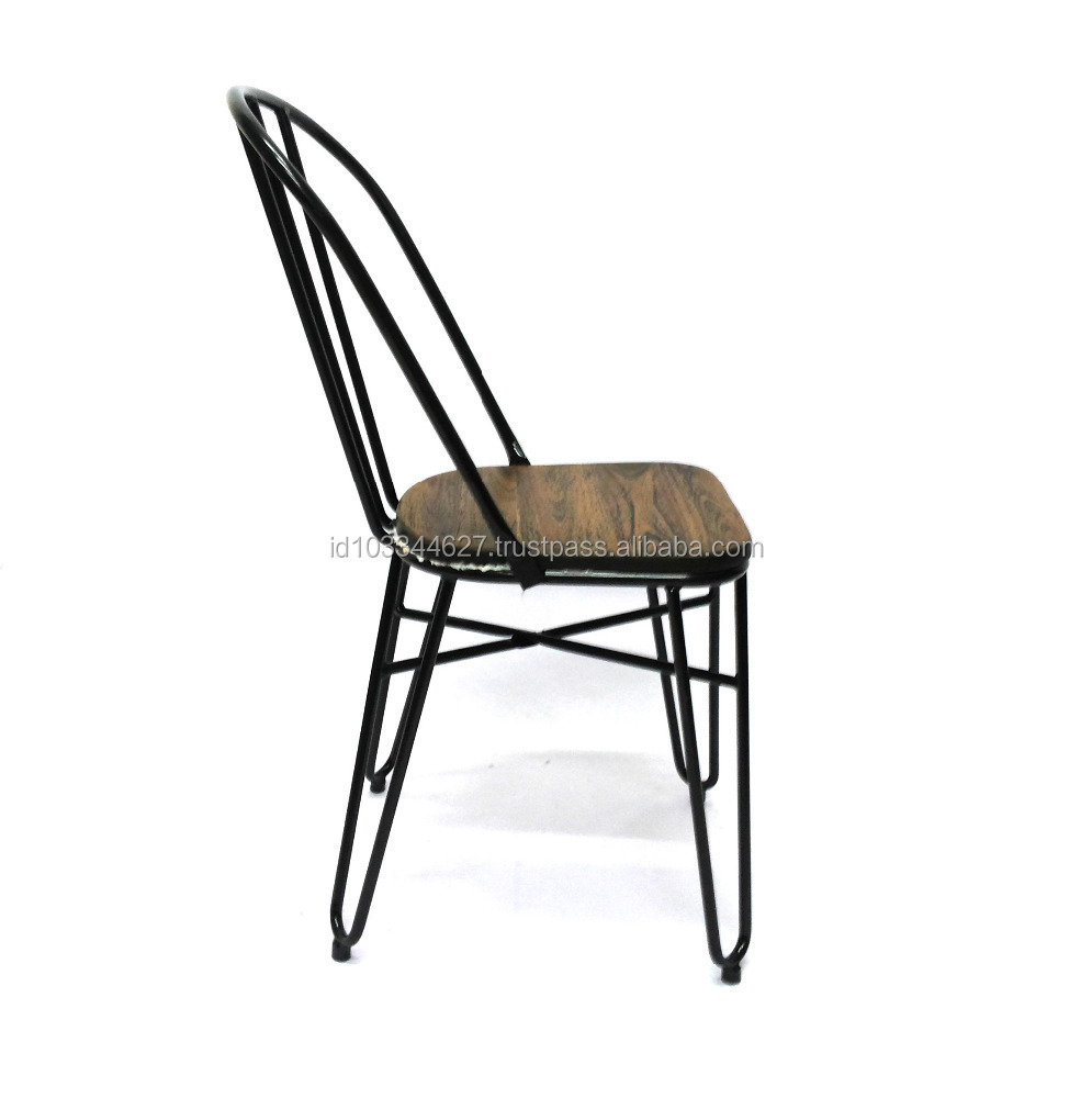 outdoor Metal Chair With Solid Wood Seat Vintage Bistro Industrial Metal Chair Outdoor Furniture