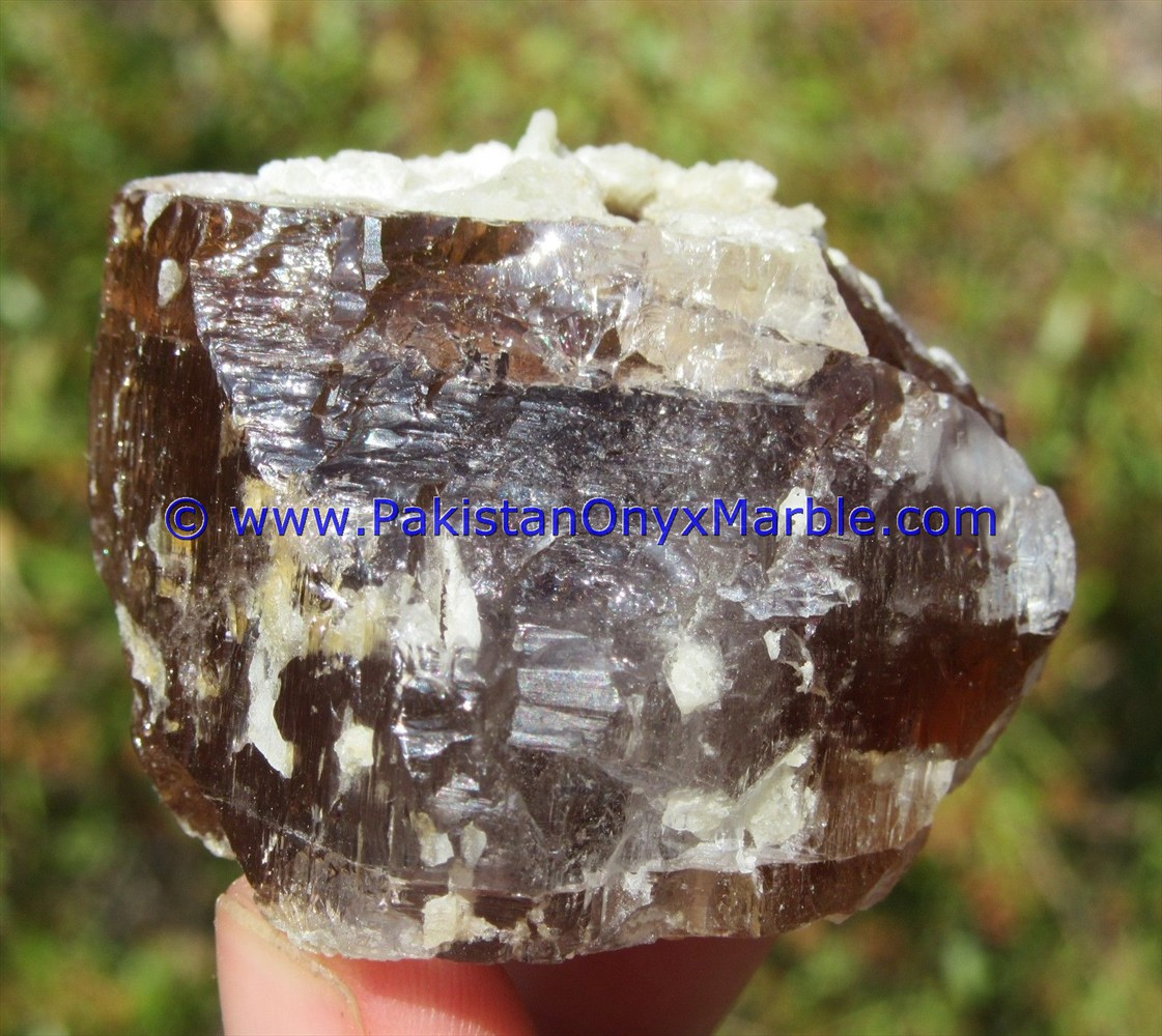 TOPAZ BEST HIGH QUALITY CRYSTAL IMPERIAL GOLDEN SHERRY FROM NORTHERN AREAS PAKISTAN