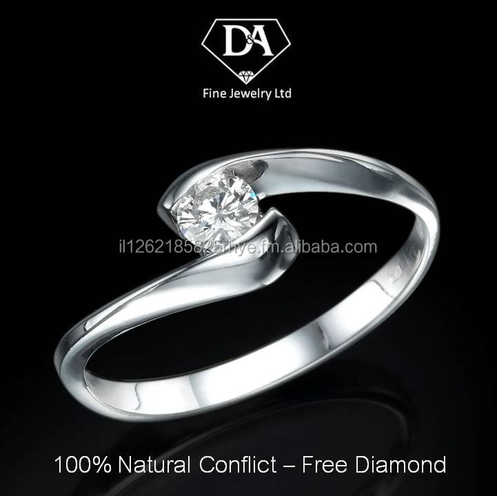 18K White Gold Ring with Natural Diamond 0.2 total carat IGL Certificate
