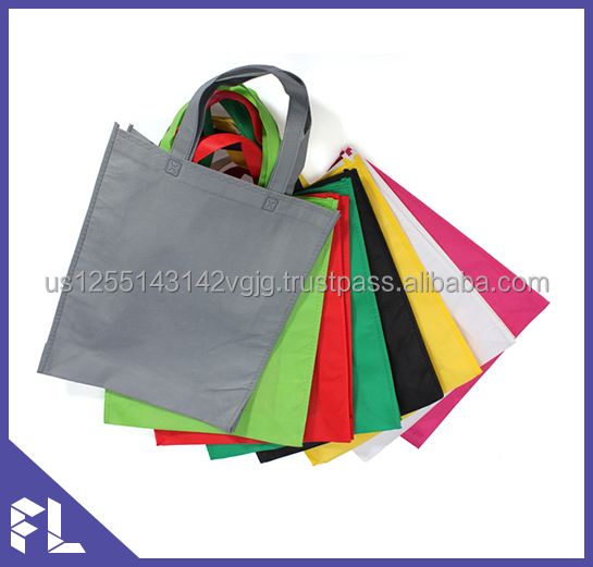 Promotional Cheap Customized Foldable Laminated Eco Fabric Tote Non-woven Shopping Bag, Recyclable