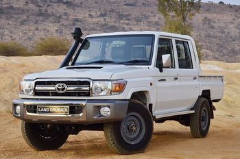 Land Cruiser Pick Up D/C