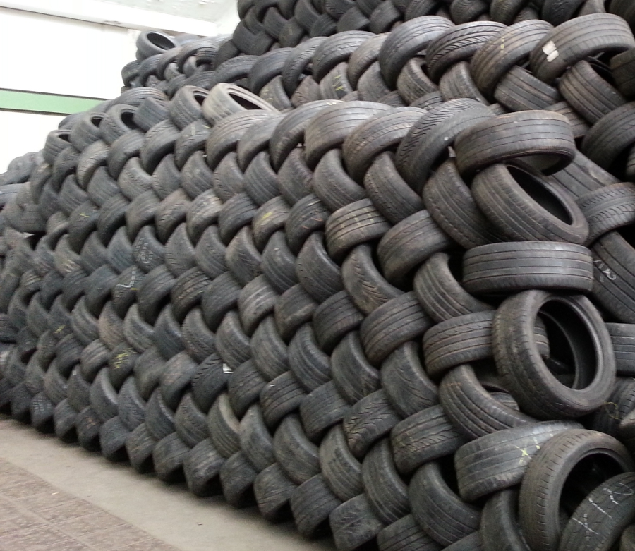 Used Tyres (Tires) Whole Scrap Tyres