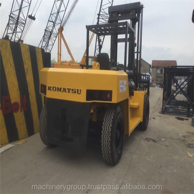 Komastu Used tyre 2.5 ton diesel forklift with good engine /cheap price FD250-7 used komastu forklift second forklift