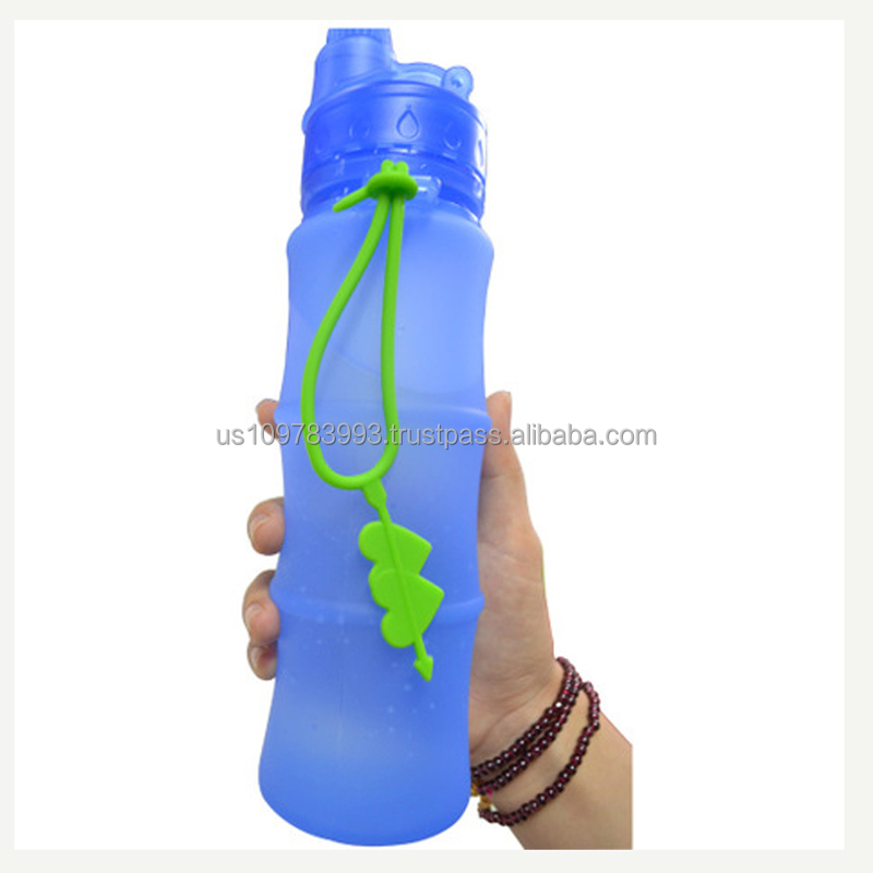 Silicone Gel Water Bottle Portable Travel Bottle As a Christmas Gift
