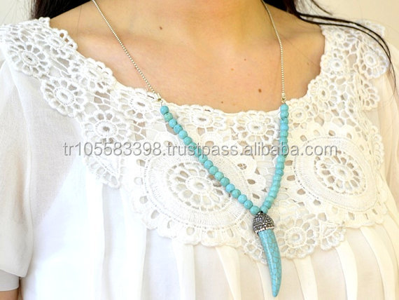Blue turquoise horn shape necklace