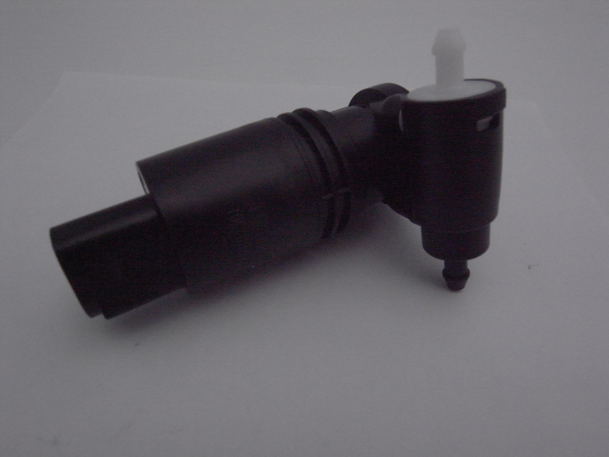 LR002301 car body parts washer pump for Freelander 2 2006-