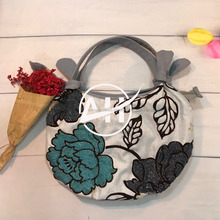 Flower beaded wedding evening handbag, Hand beaded Vietnam fashion woman bag