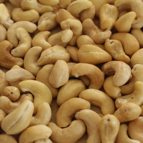 Quality Cashew Nuts for Industrial Goods (S and B grades)