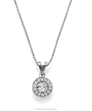 Halo Classic Diamond Pendant set with 1 center diamond of 0.30ct in a prong setting and 15 small diamonds around it
